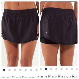 Lululemon Run Breeze by skirt black